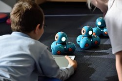 Digitales Spielzeug Toys Roboter